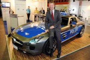 IM Ralf Jäger (NRW) eröffnet Polizeimesse IPOMEX. Veranstalter ist das  Polizeitechnische Institut, das auch bei ENLETS mitarbeitet
