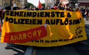 Demonstration im April 2012 zum GTAZ in Berlin-Treptow. Dort schaut die NSA wöchentlich vorbei